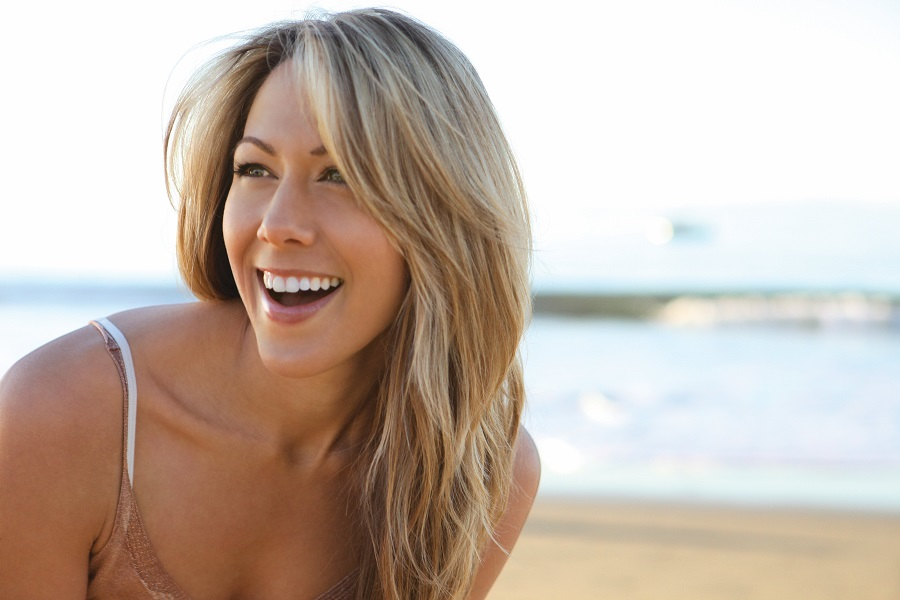 Colbie Caillat sings goodbye to being photoshopped.